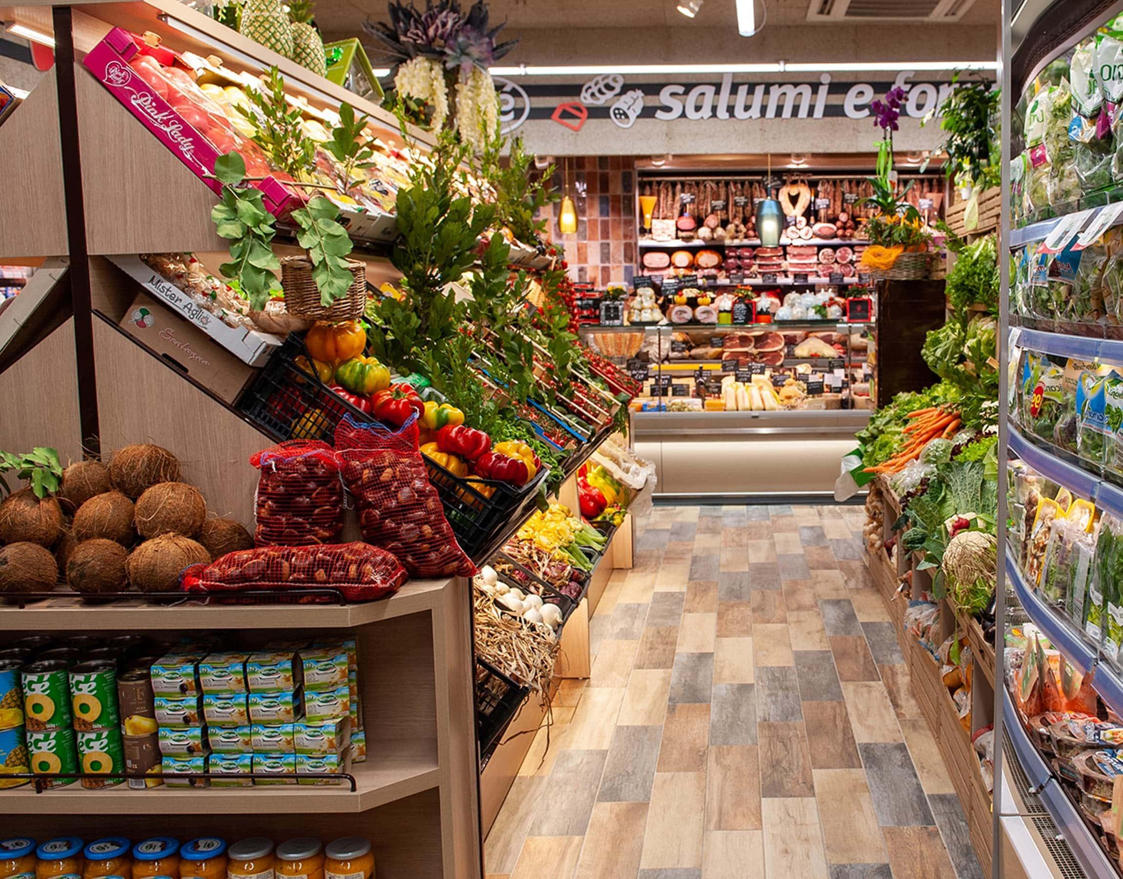 Reparto verdure di un supermercato della Grande Distribuzione Organizzata (GDO)